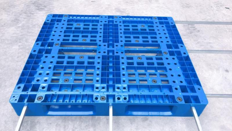 Pallet nhựa mới có lõi thép 0988 081 327