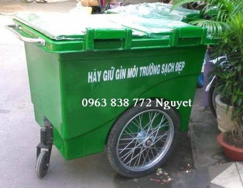 Phân phối thùng rác 660L nhựa composite.