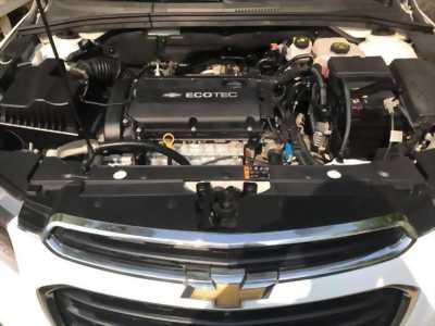 Cần bán xe Chevrolet Cruze Ltz 05/2017 số tự động màu trắng