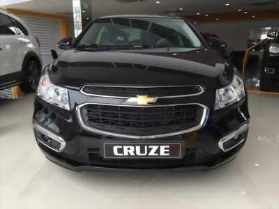 Chevrolet Cruze 2017 số sàn màu đen, hỗ trợ ngân hàng 100%