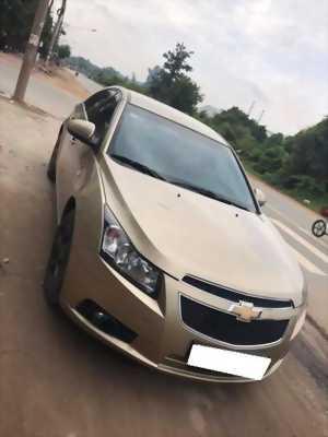 Đổi xe mới, cần bán Cruze 2011, số sàn, màu vàng cát