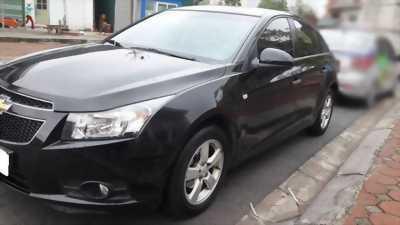 Cần bán xe Cruze LTZ, sản xuất 2013, số tự động, màu đen