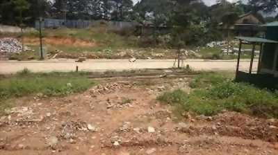 Bán gấp đất đối diện chợ 480M2(20X24) Mỹ Phước
