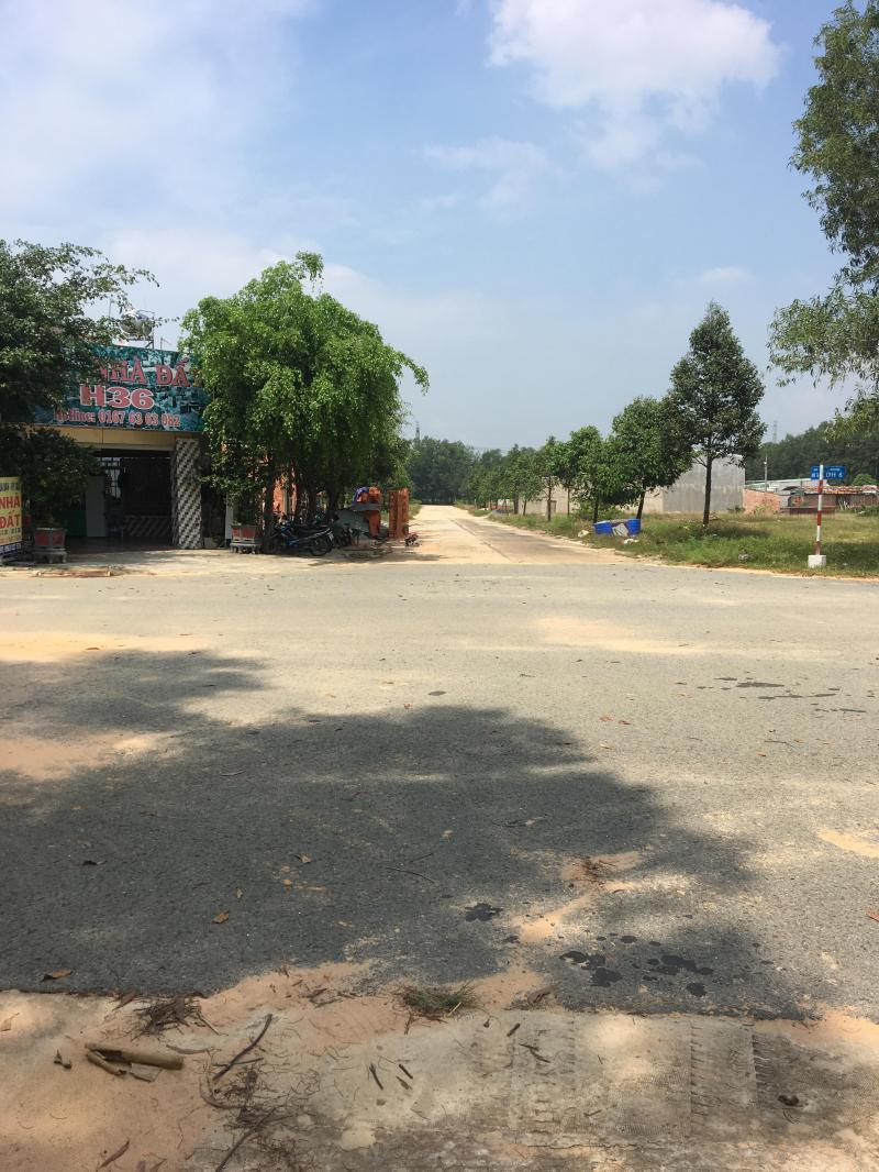 Bán 750M² đất thị xã bến cát gần trường mẫu giáo, chợ cạnh quốc lộ 13