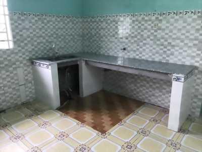 Qua tháng về đà lạt sống, vợ chồng tôi sang gấp một căn nhà cấp 4 + 12kiot ngay KCN, giá chỉ 860tr