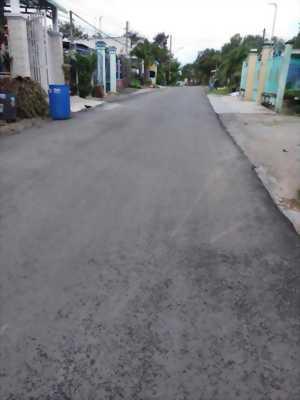 Cần bán gấp ngôi nhà cấp 3 tại thị xã Bến Cát - Bình Dương
