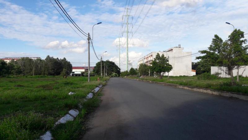 Cần bán lô đất nền KCN Phúc Long Bến Lức đường quốc lộ 1A