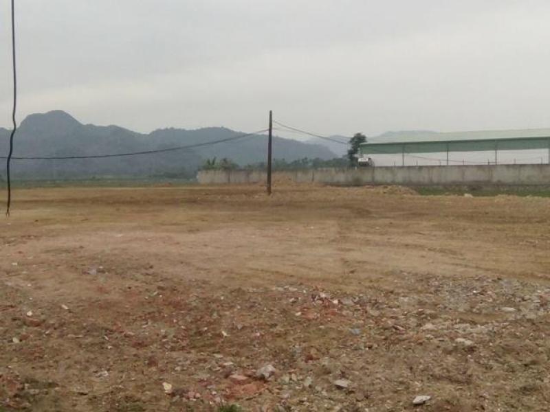 Cho thuê đất 3200m2 Nguyễn Văn Linh - Phạm Hùng