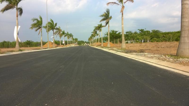 Cần bán gấp đất thổ cư mặt tiền đường QL50
