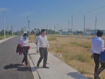 Đất nền mặt tiền đường Huỳnh Văn Trí