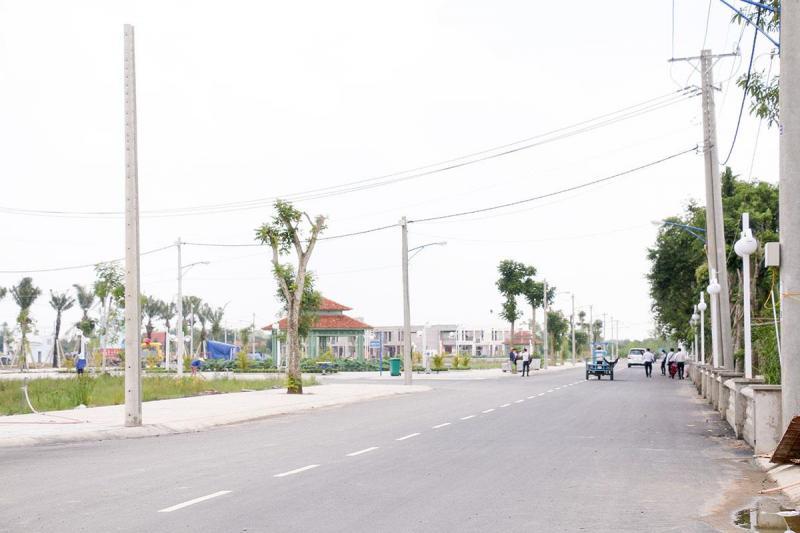 Đất Thành Phố - Đường Trần Văn Giàu - 5x16m2 - Sổ Riêng - Giá 900 triệu