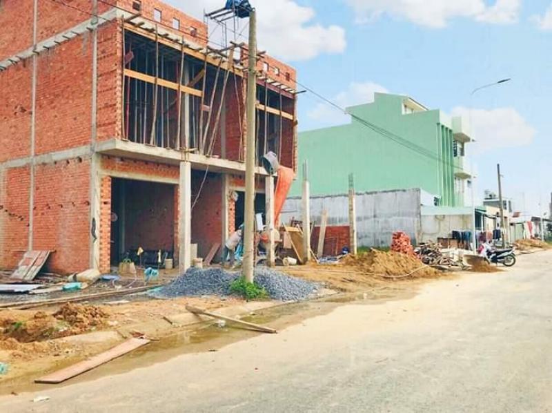 NH Vietcombank HT phát mãi 5 lô góc và 19 nền đất thổ cư 100% gần bx miền Tây, KV Bình Chánh