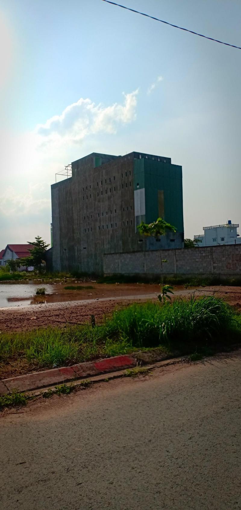 Đất Bình Chánh Đường Trần Văn Giàu, SHR, XDTD 100m2