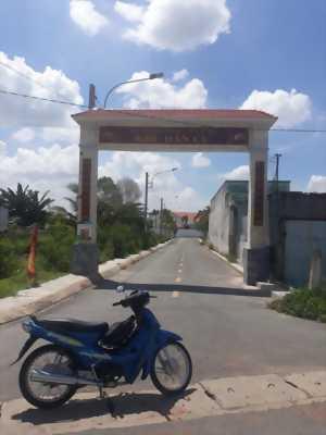 Bán 119m2 đất thổ cư, hai mặt tiền trong khu dân cư Long Định, Ấp 3, xã Long Định, huyện Cần Đước, Long An.