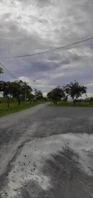 Cần bán gấp đất thổ cư, đường xe hơi trong khu tái định cư Phước Đông, Cần Đước, Log An