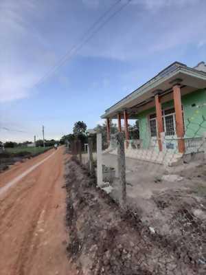 Bán đất thổ cư đường Nguyễn Thị Thàng, ấp Ngoài, xã Phước Hậu, Huyện Cần Giuộc, tỉnh Long An.