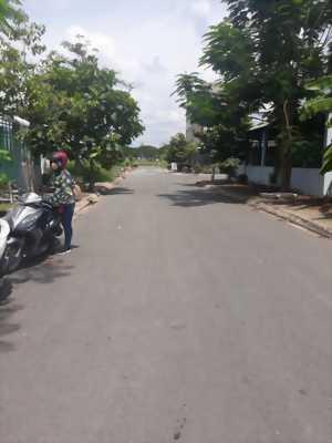 Bán đất thổ cư, đường xe hơi trong Khu tái định cư Tân Kim, Cần Giuộc, Long An.