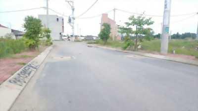 Cần bán gấp lô đất 2 mặt tiền gần đường tỉnh lộ 8  QL22 vô 1km.DT : 167m2 giá 1,5tỷ.