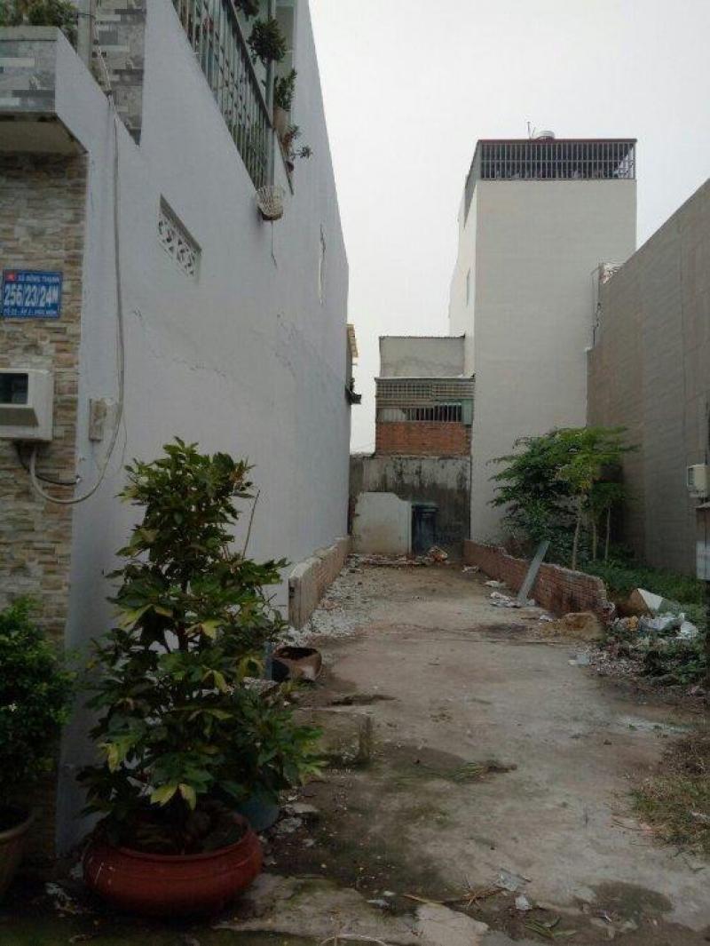 Bán lô đất  110 m2 ở mặt tiền Nguyễn Thị Lắng, Củ Chi, SHR