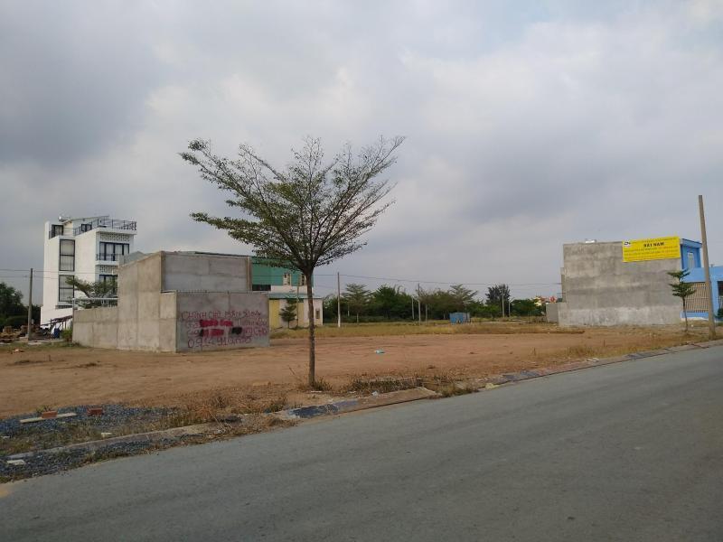 Cần tiền bán gấp 2 nền đất thổ cư giá 550tr/nền, SHR MT Nguyễn Văn Khạ