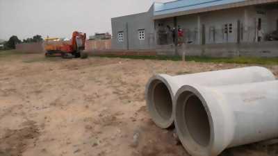 Bán lô đất 104m2 ngay đường tỉnh lộ 824 thị trấn Đức Hòa
