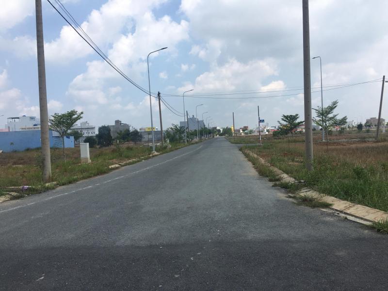 Bán đất khu dân cư Tân Đô 1,2 tỷ/130m2 gần hồ nước kim cương