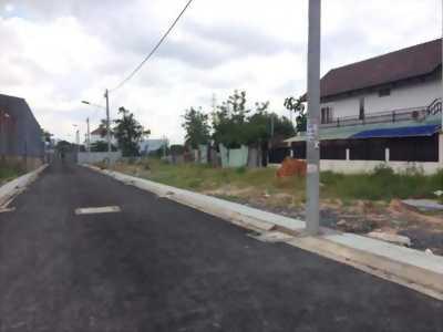 Đất trên đường QL22 gần Hóc Môn giá 800tr/lô SHR