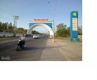 Cần bán gấp lô đất mặt tiền DT 44A, Thị trấn Long Hải, DT 110m2, giá 480tr, SHR, TC