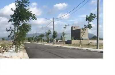 Bán lô đất đẹp ngay vòng xoay trung tâm TP Bà Rịa, TC, SHR