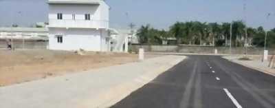 Bán đất mặt tiền đưởng DT44A, thổ cư 100%, xây dựng tự do, giá hấp dẫn