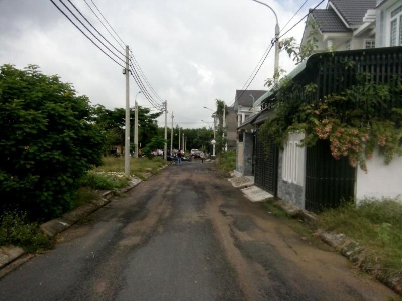 Đất vị trí đẹp tại Long Thành đường Lê Duẩn
