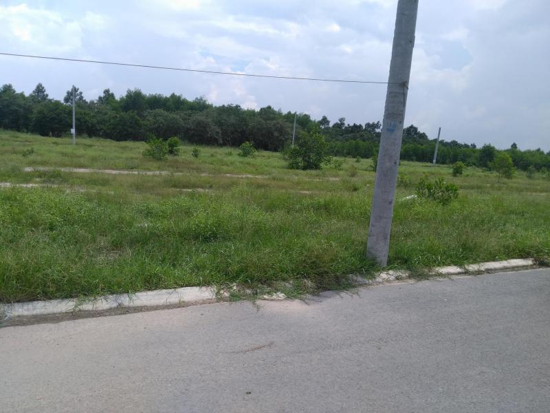 Bán đất nền 100 m2 ngay Ngã Ba Nhơn Trach Đồng Nai