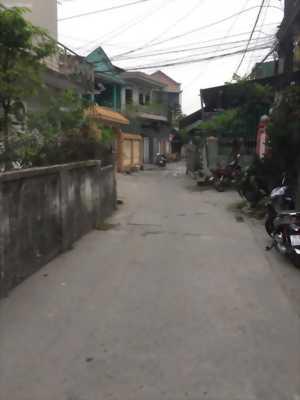 Đất mặt đường Thiên Quang