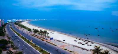 Bán nhanh lô mặt tiền biển Nguyễn Tất Thành