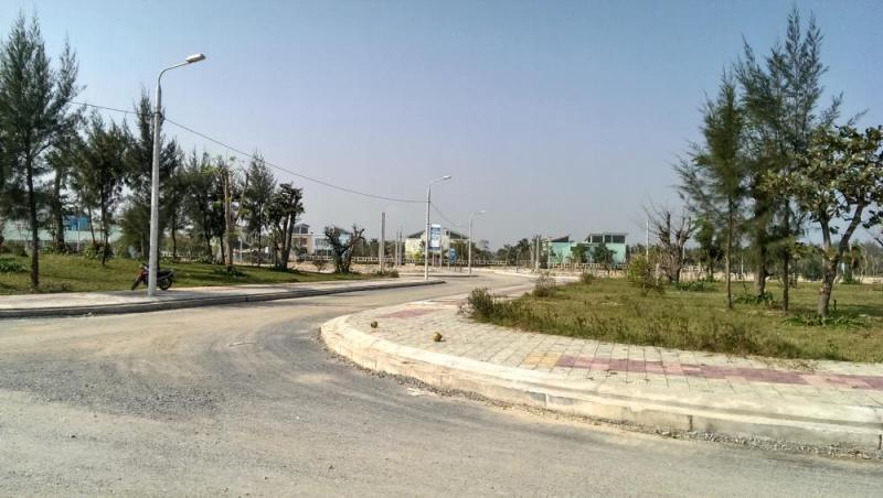 Đất ở làng Bễ Lai Cách, cạnh khu 17 Trường Cao Đẳng Du Lịch Khách Sạn