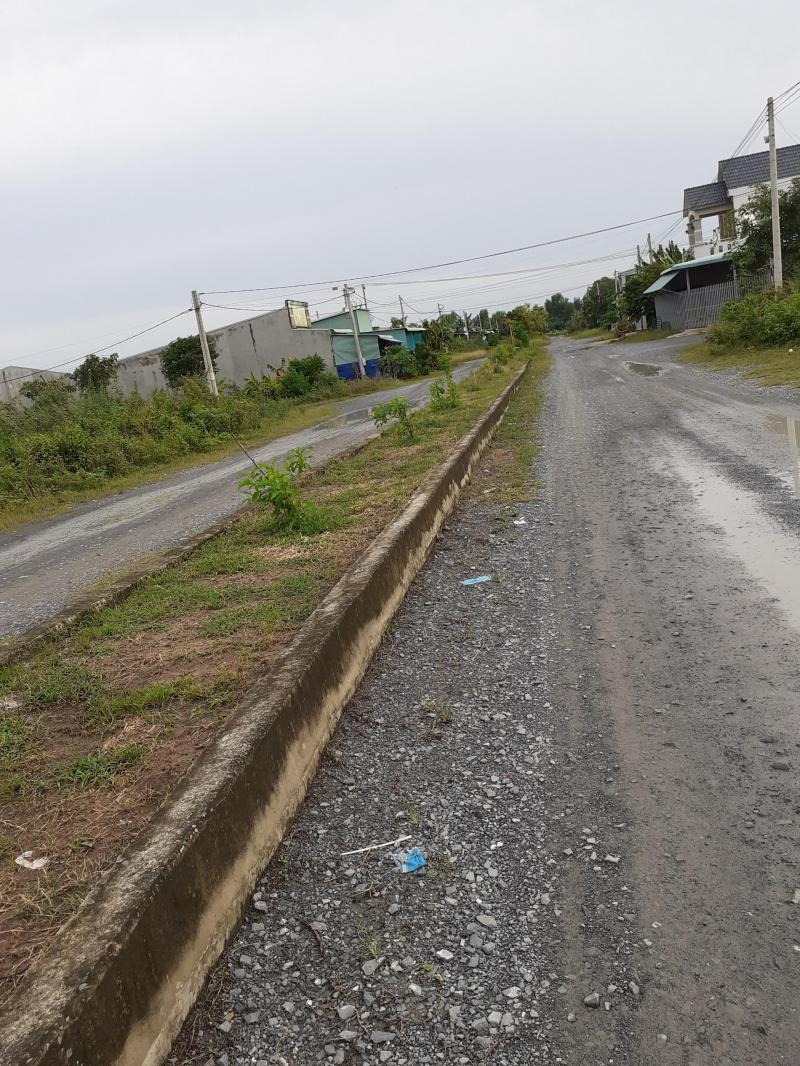 Bán đất nền đường D5 cách trường THCS 50m