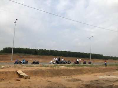 Cần bán đất nền Thạnh Phú, gần ngã 3 đèn vàng,Đồng Nai