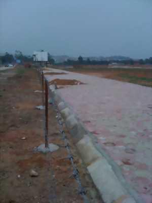 Cần bán đất KDT Nam Vĩnh Yên, vị trí sát hồ