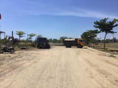 Bán 2 lô liền kề cạnh Cocobay, gần bãi tắm Viêm Đông