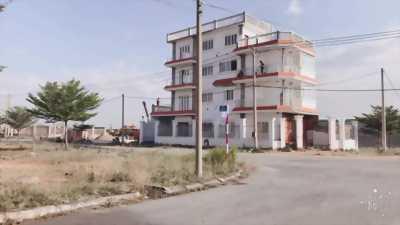 Ngân hàng Sacombank liên kết phát mãi 35 nền đất gần ngã tư Bà Hom giá rẻ hơn 20%