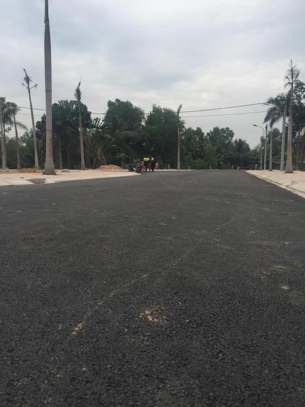 Bán đất chính chủ trục đường 16m vào làng đại học quận 9