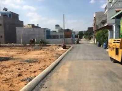 Cần bán lô đất 75m2, mt đường liên phường , q9
