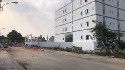 Cần bán lô đất hẻm 568 Lê Văn Việt, Quận 9, 64.5m2 giá chỉ 3tỷ65, SHR, cách Lê Văn Việt 50m