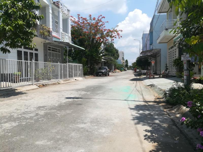 Bán đất KDC Công An - Vạn Phong- DT 90m2