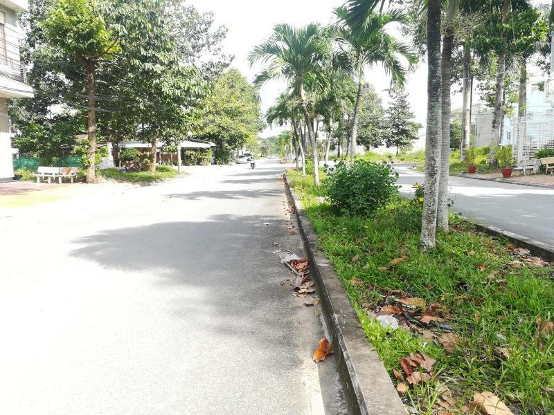 Bán Cặp nền đường số 5 khu dân cư Nông Thổ Sản, 97m2
