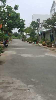 Bán nền (giá rẻ nhất khu) đường B4 khu dân cư Hưng Phú 1