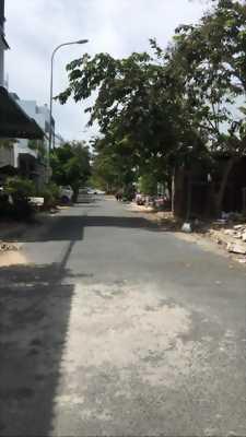 Bán nền đường B2 khu dân cư Hưng Phú 1 - Dt 69.75m2 - Hướng Đông Nam - Giá 1 tỷ 900 triệu - Lh 0986184837 Sương