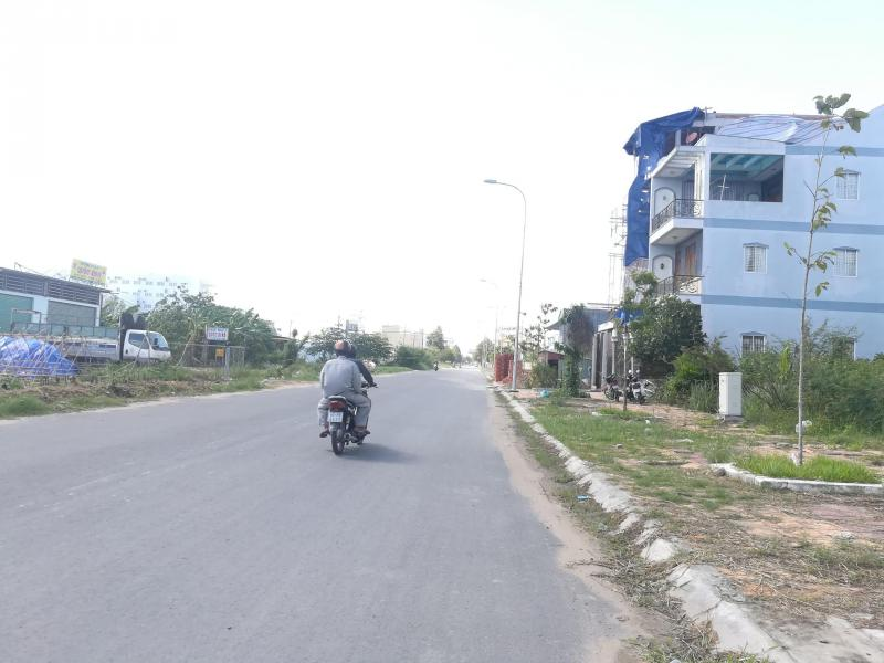 Bán nền đường A3 (Trần Văn Trà) khu dân cư Hưng Phú 1 - DT 92.5m2 - LG 30m - Hướng ĐN - Giá 3 tỷ 400 triệu - LH 0986 184 837 Sương