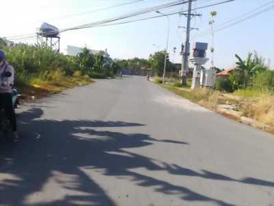 Bán nền Góc 2 mặt tiền đường A12 khu dân cư Hưng Phú 1 - DT 107m2 - LG 30m - Hướng TN và TB - Giá 3 tỷ 400 triệu - LH 0986 184 837 Sương