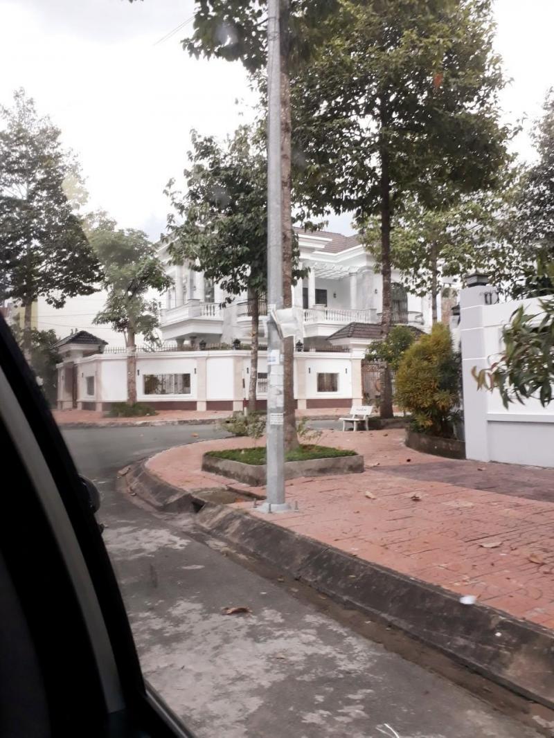 Bán 120m2 đất thổ cư đường số 3 khu dân cư Nông Thổ Sản - LG 20m - Hướng Đông Nam - Giá 1 tỷ 900 triệu - LH 0986184837 Sương